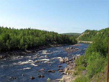 Река Кола в Мурманской области