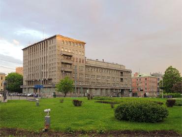 Здание на Зубовской площади до реконструкции