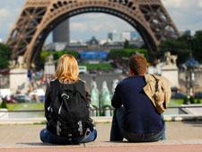 Франция набирает популярность у туристов из России